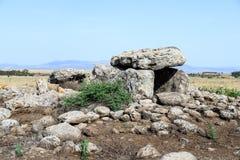Дольмен - каменное захоронение бронзового века в зоне Голанских высот, Израиле Gamla стоковые изображения rf