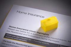 Домашнее страхование дома стоковые изображения rf