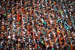 Домашние вентиляторы толпы на стадионе жизни Солнця Стоковые Фотографии RF