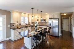 Домашний интерьер кухни Стоковая Фотография RF
