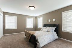 Домашний интерьер спальни Стоковые Изображения