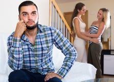Домашний конфликт среди 3 молодых взрослых Стоковые Фотографии RF
