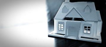 Домашняя модель на таблице Стоковое фото RF