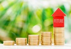 Домашняя модель с монетками Стоковая Фотография RF