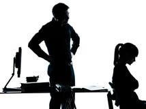 Домашняя работа подростка девушки студента учителя отца человека Стоковые Фото