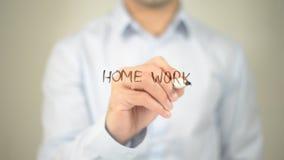 Домашняя работа, сочинительство человека на прозрачном экране Стоковая Фотография