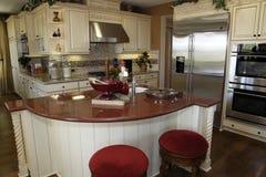 домашняя роскошь кухни самомоднейшая Стоковое Фото