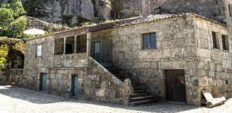 Дома †Sortelha «средневековые каменные Стоковое Фото