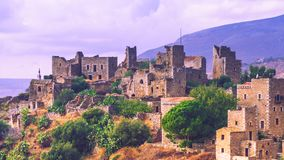 Дома башни в полуострове Vathia Греции Mani Стоковое Изображение
