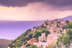 Дома башни в полуострове Vathia Греции Mani Стоковые Фото