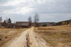 Дома в деревне в осени Стоковые Изображения