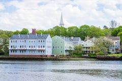Дома в парке реки Quinnipiac в New Haven Коннектикуте Стоковая Фотография RF