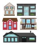 Дома в плоском стиле изолировали комплект Современные квартиры, загородные дома, туристские дома для записывать, жить и продажа Стоковое фото RF