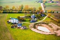 Дома в сельской местности Литве стоковые фото