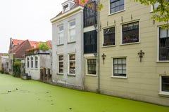 Дома канала в Делфте Стоковое Изображение RF