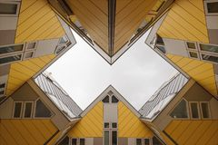 Дома куба в Роттердаме Стоковое фото RF