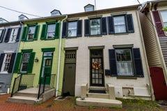 Дома на третей улице в городском историческом Federick, Мэриленде стоковое фото