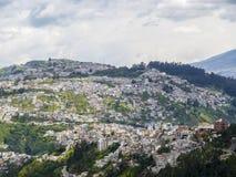 Дома на холме в Кито Стоковое Изображение RF