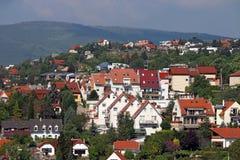 Дома на холме Pecs Венгрии Стоковое фото RF