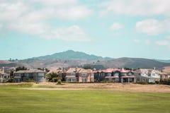 Дома около Half Moon Bay в Калифорнии стоковые фотографии rf