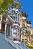 Дома Сан-Франциско викторианские в Pacific Heights Калифорнии Стоковое фото RF