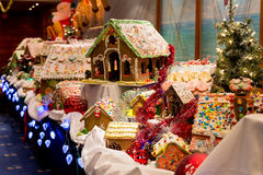 Дома хлеба имбиря рождества стоковые фото