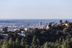 Дома Hollywood Hills с взглядом Тихого океана стоковые фотографии rf