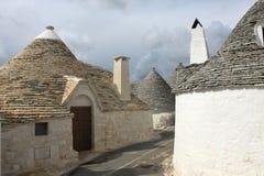 Дома Trulli в городке Alberobello Стоковые Изображения
