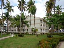 Доминиканская Республика Punta Cana гостиницы ладоней тропическая стоковая фотография