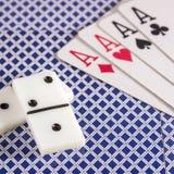 Домино и играя карточки возражают для игр таблицы Стоковая Фотография RF