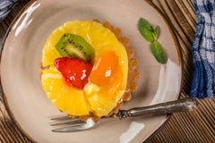 Домодельная яичница завтрака с томатом Стоковая Фотография