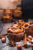 Домодельные булочки обломока шоколада для завтрака Стоковое Фото