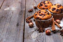 Домодельные булочки обломока шоколада для завтрака Стоковая Фотография RF