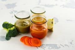 Домодельные овощ младенца и пюре плодоовощ Стоковое Изображение RF