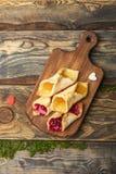 Домодельные печенья с вареньем Стоковое фото RF