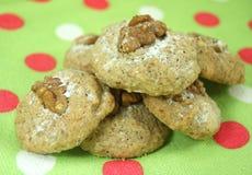 Домодельные печенья с грецкими орехами Стоковые Изображения