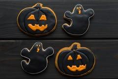 Домодельные печенья хеллоуина Стоковые Фотографии RF