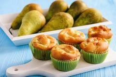 Домодельные сладостные булочки с заполнять груши Стоковое Фото