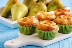 Домодельные сладостные булочки с заполнять груши Стоковые Фото