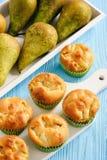 Домодельные сладостные булочки с заполнять груши Стоковое Изображение