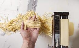 Домодельные сырые макаронные изделия Стоковая Фотография