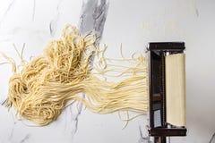 Домодельные сырые макаронные изделия Стоковая Фотография RF