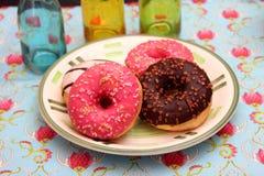 Домодельные donuts с брызгают Стоковое Изображение RF