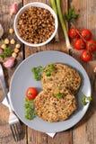 Домодельный вегетарианский бургер Стоковые Изображения RF