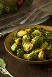 Домодельный зажаренный в духовке зеленый brussel - ростки Стоковые Фото