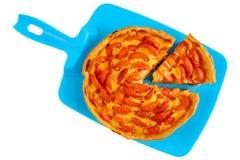 Домодельный пирог абрикоса изолированный на белизне Стоковые Изображения RF