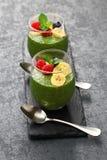 Домодельный пудинг семени chia зеленого чая matcha Стоковая Фотография