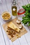 Домодельный соус Pesto стоковое фото