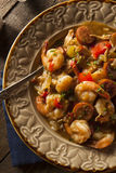 Домодельная бамия Cajun креветки и сосиски Стоковая Фотография