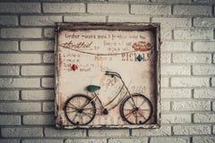 Домодельное изображение велосипеда на стене Стоковая Фотография